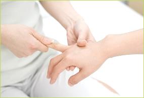 突き指のイメージ